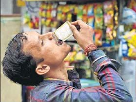 Separate sachets, printed warnings: Rules tilted to beat the ban, chew tobacco